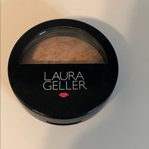 Laura geller bake balance brighten foundation med